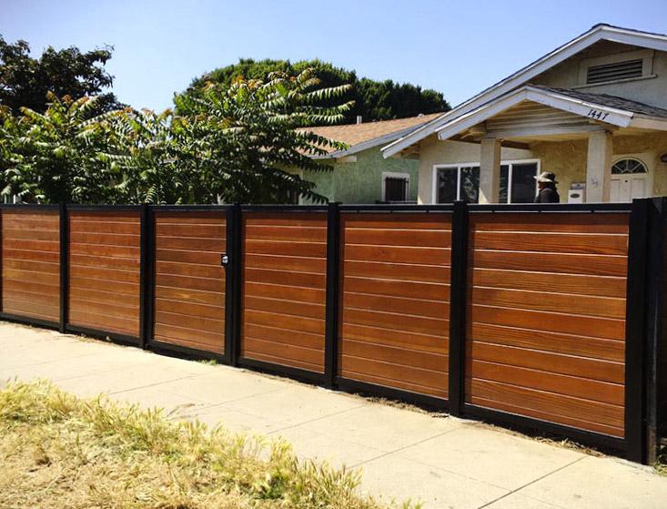 Black:Brown Wood Privacy Fence Elk Grove CA